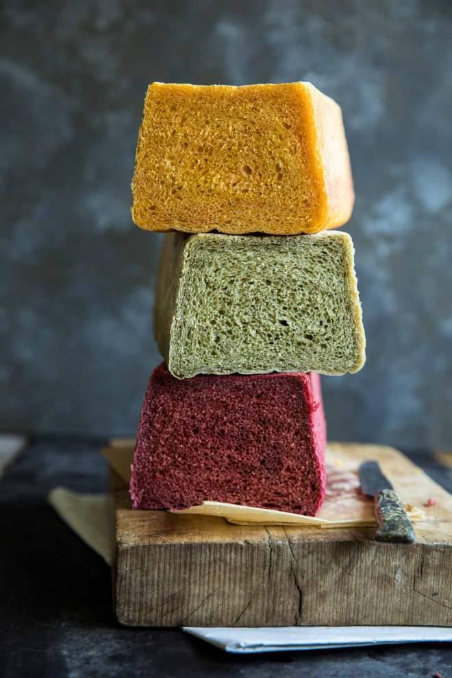 Mavrični sendvič kruh