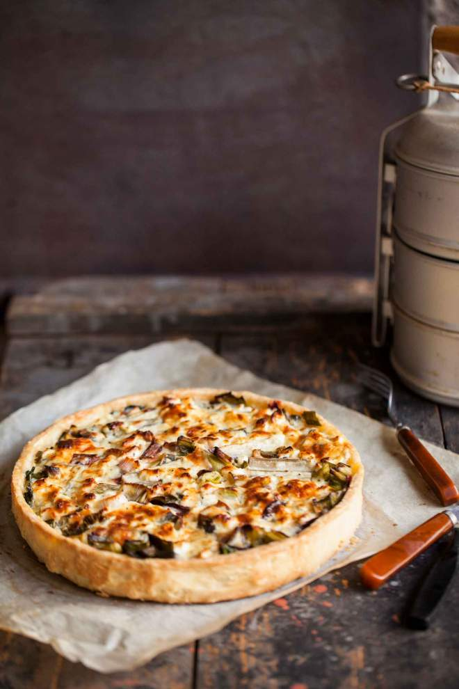 Soft cheese and vegetables tart