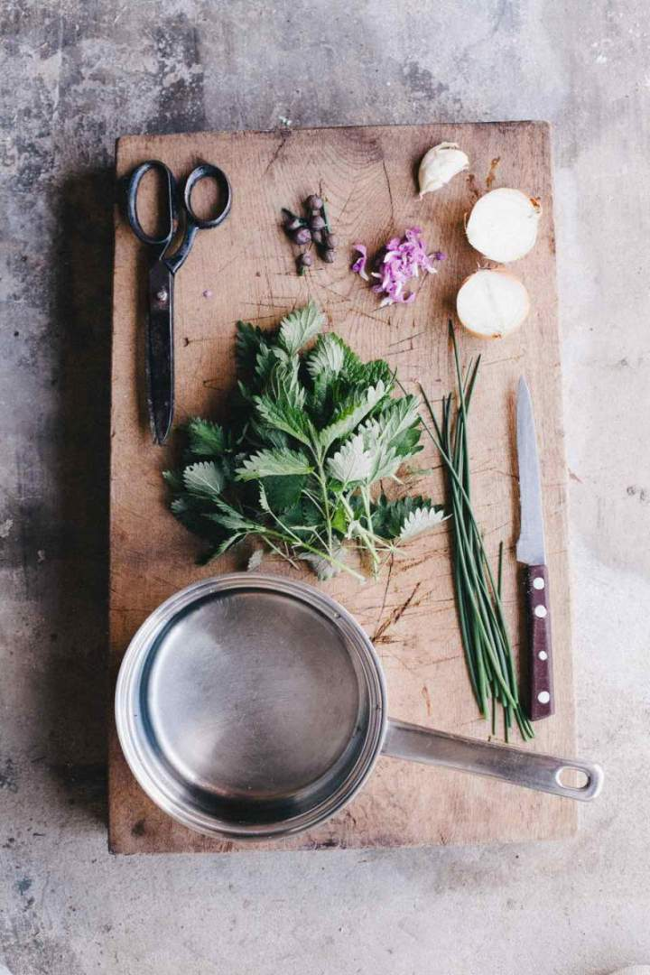 Ingredients for nettle soup with chives